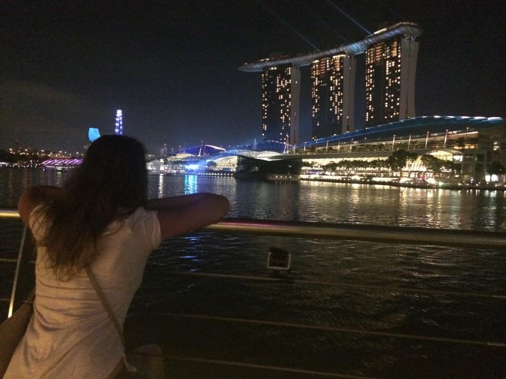 Лазерное шоу Marina Bay Сингапур