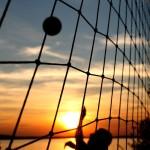 Первое занятие по пляжному волейболу в Москве