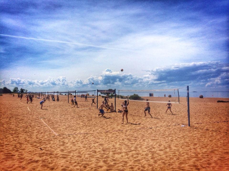 Пляжный волейбол - Пляж Ласковый поселок Солнечный спб