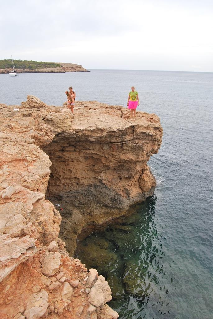 Прыжок со скалы - Ибица
