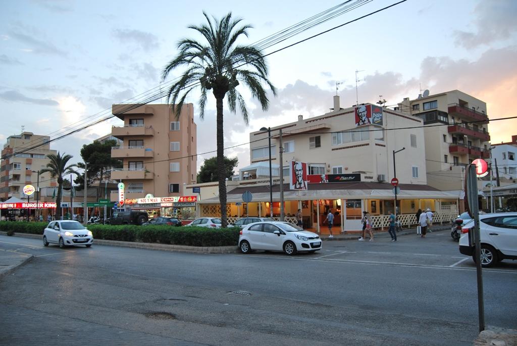 Плая ден Босса Ибица Playa den Bossa Ibiza