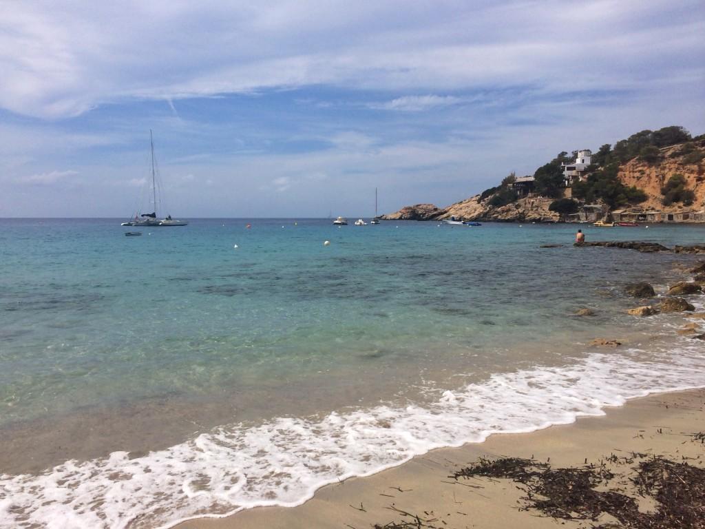 Пляж Ибица - Cala D'Hort Ibiza