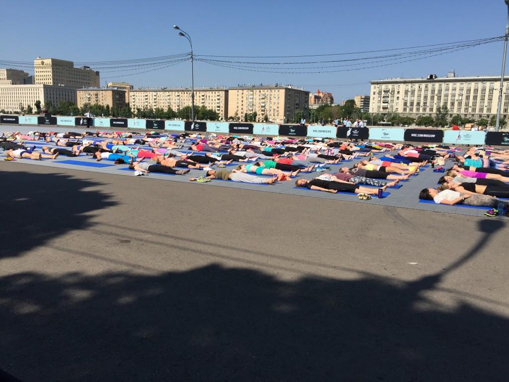 Йога в парках Москвы