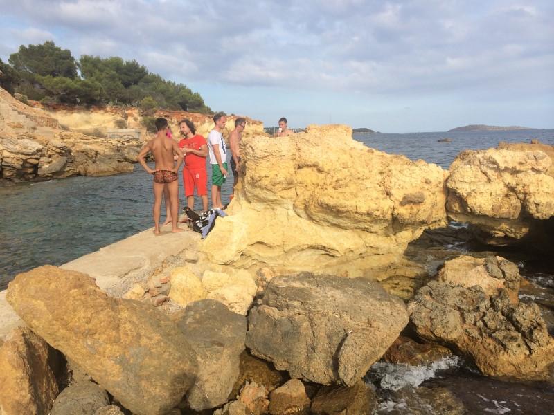 Ибица дикий пляж