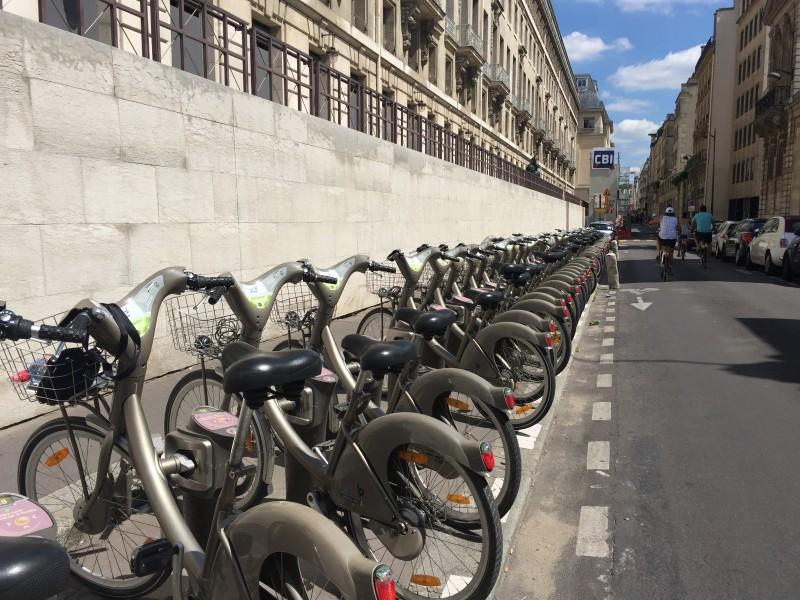 Велосипед напрокат в Париже